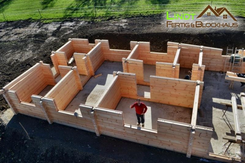 Sigmaringen modernes pultdach verleiht dem holzhaus seinen eigenen