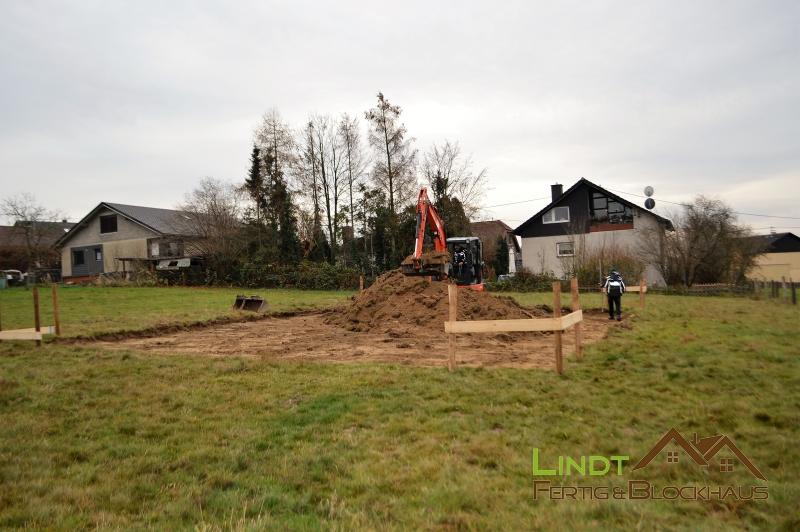 LINDT-Fertig-Blockhaus-Assbach_bei_Bonn-001